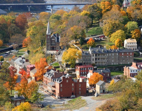 harpers-ferry-town